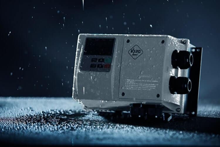 frekvenční měnič 11kw X550 IP65